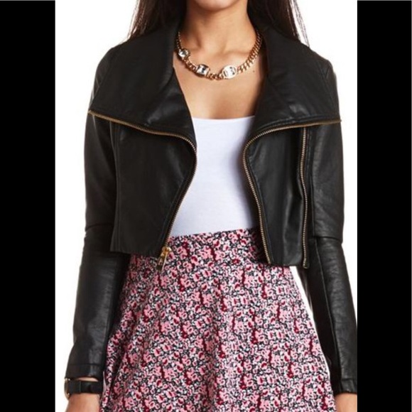 Charlotte Russe Jackets & Blazers - Charlotte Russe Faux Leather Cropped Jacket